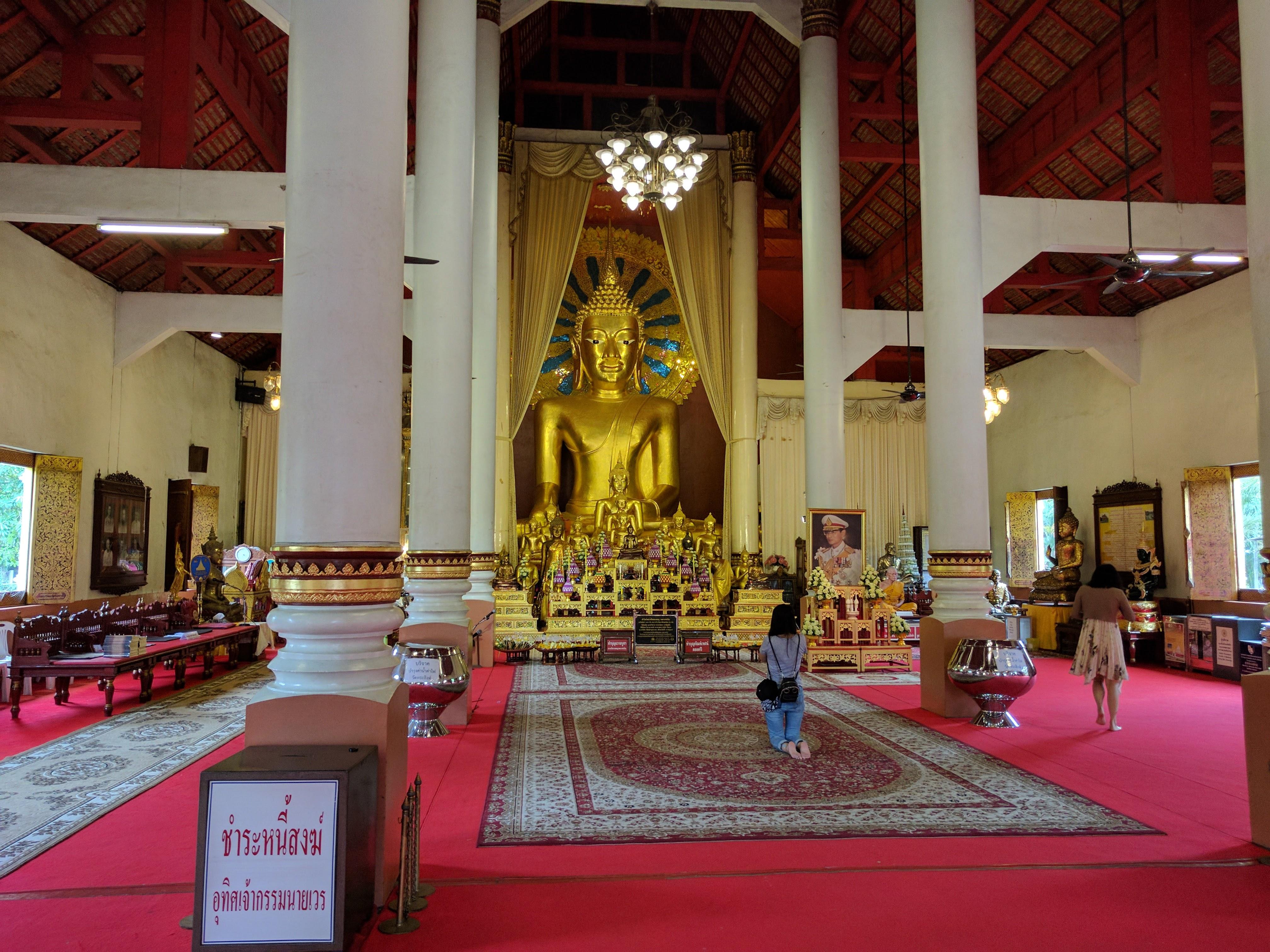 Chiang Mai temple bouddha moine