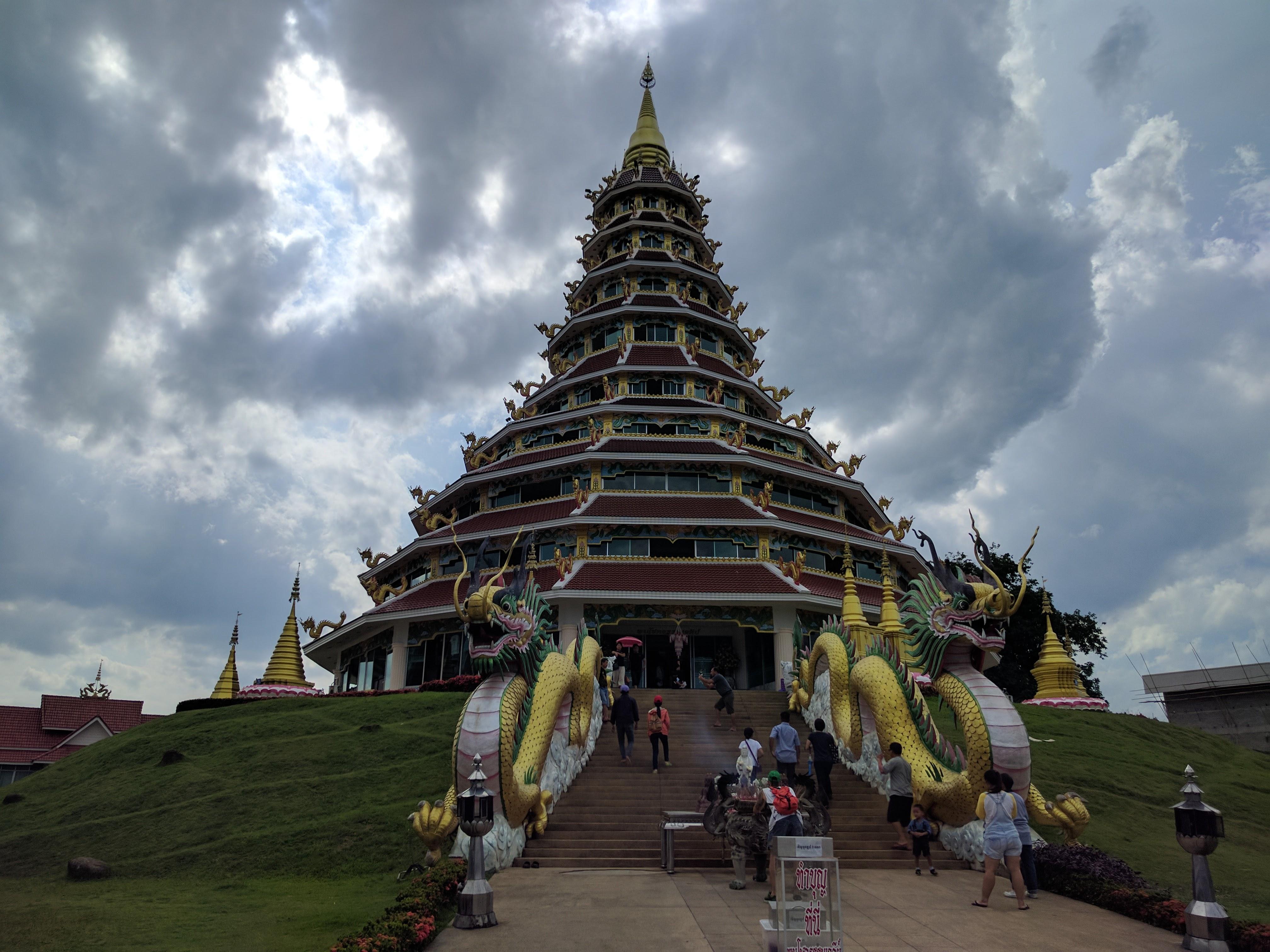 wat huay plakang pagode
