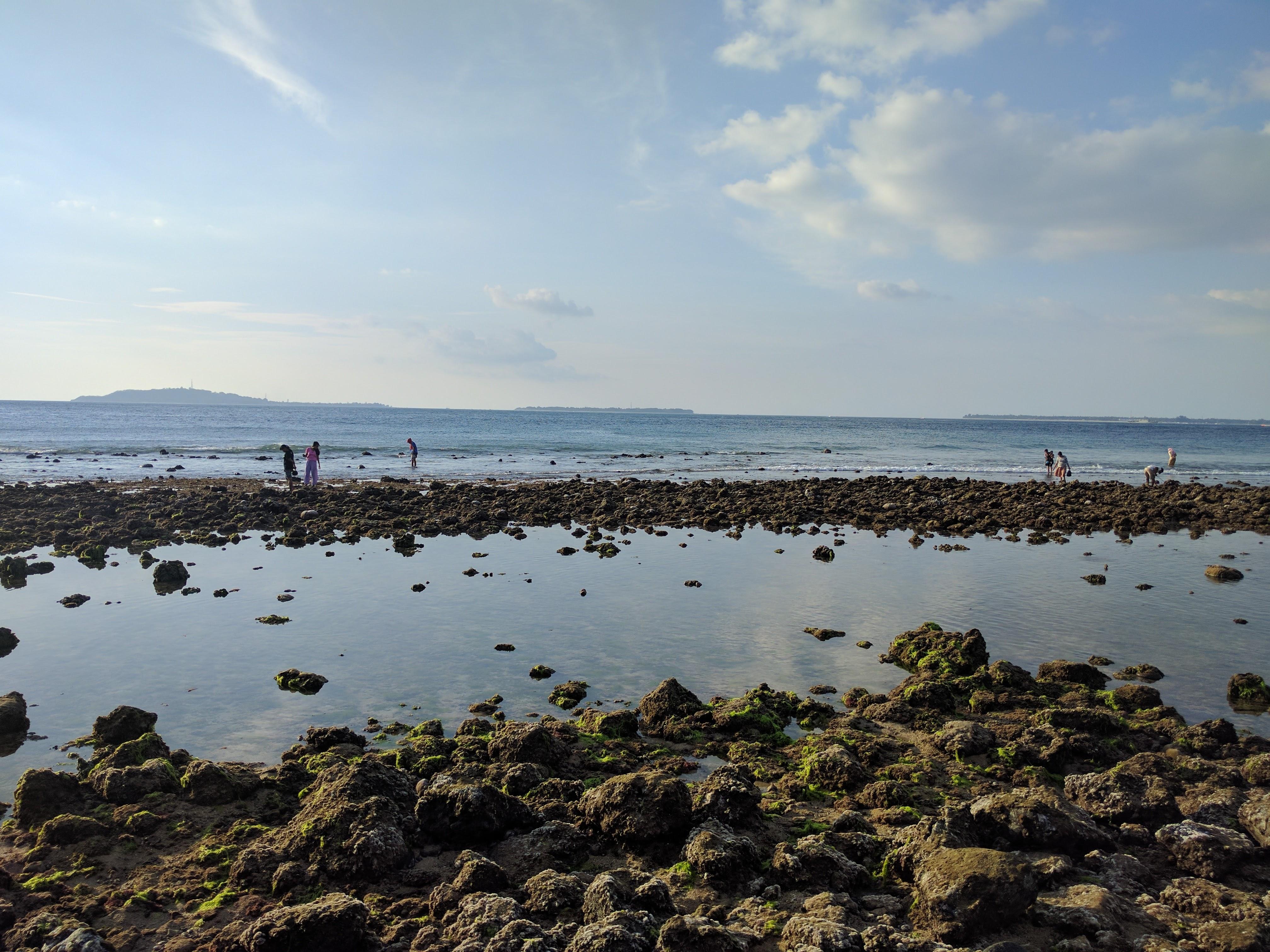 Plage Mentigi marée basse