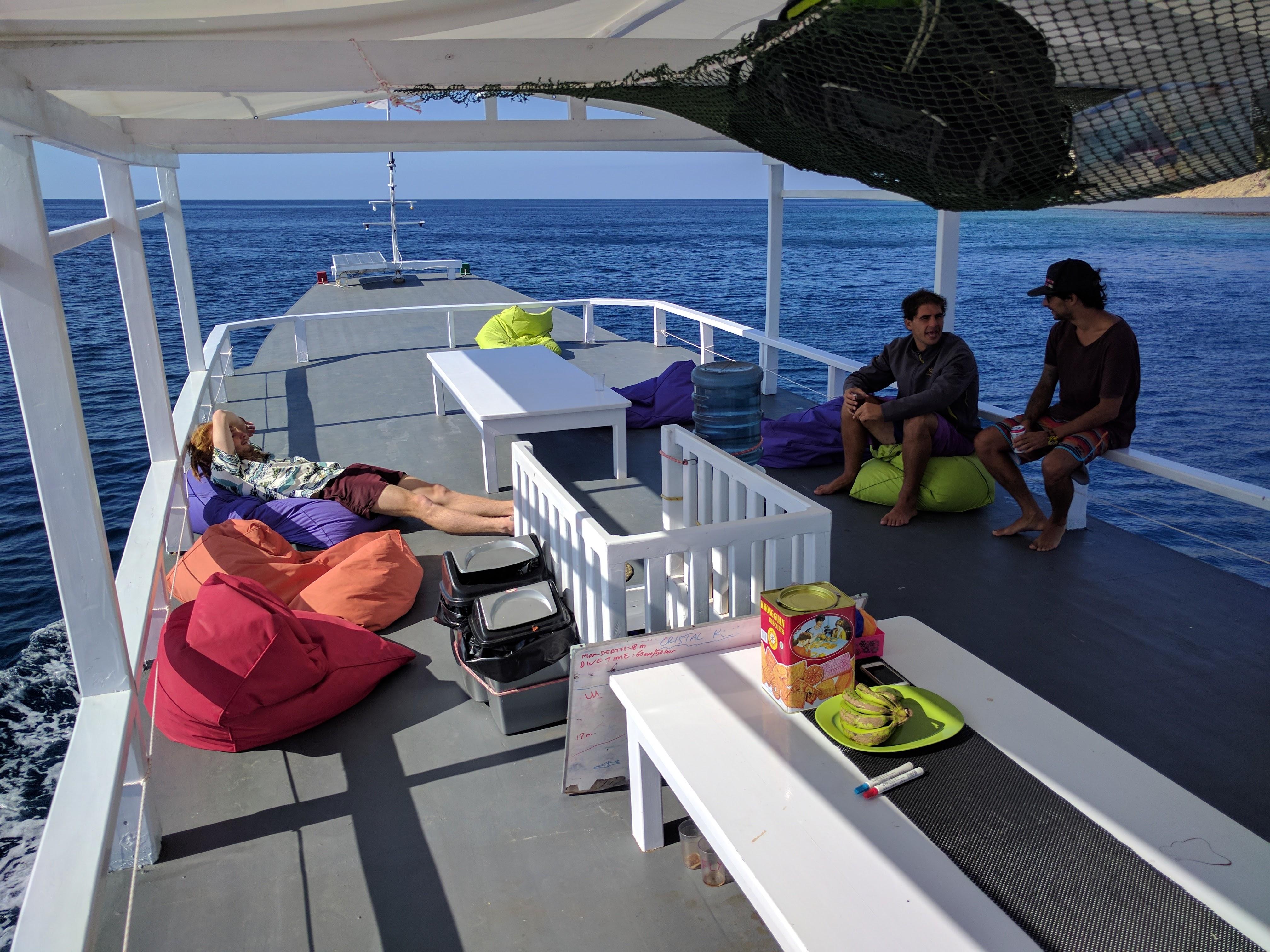 Live aboard Scuba republic Labuan Baj