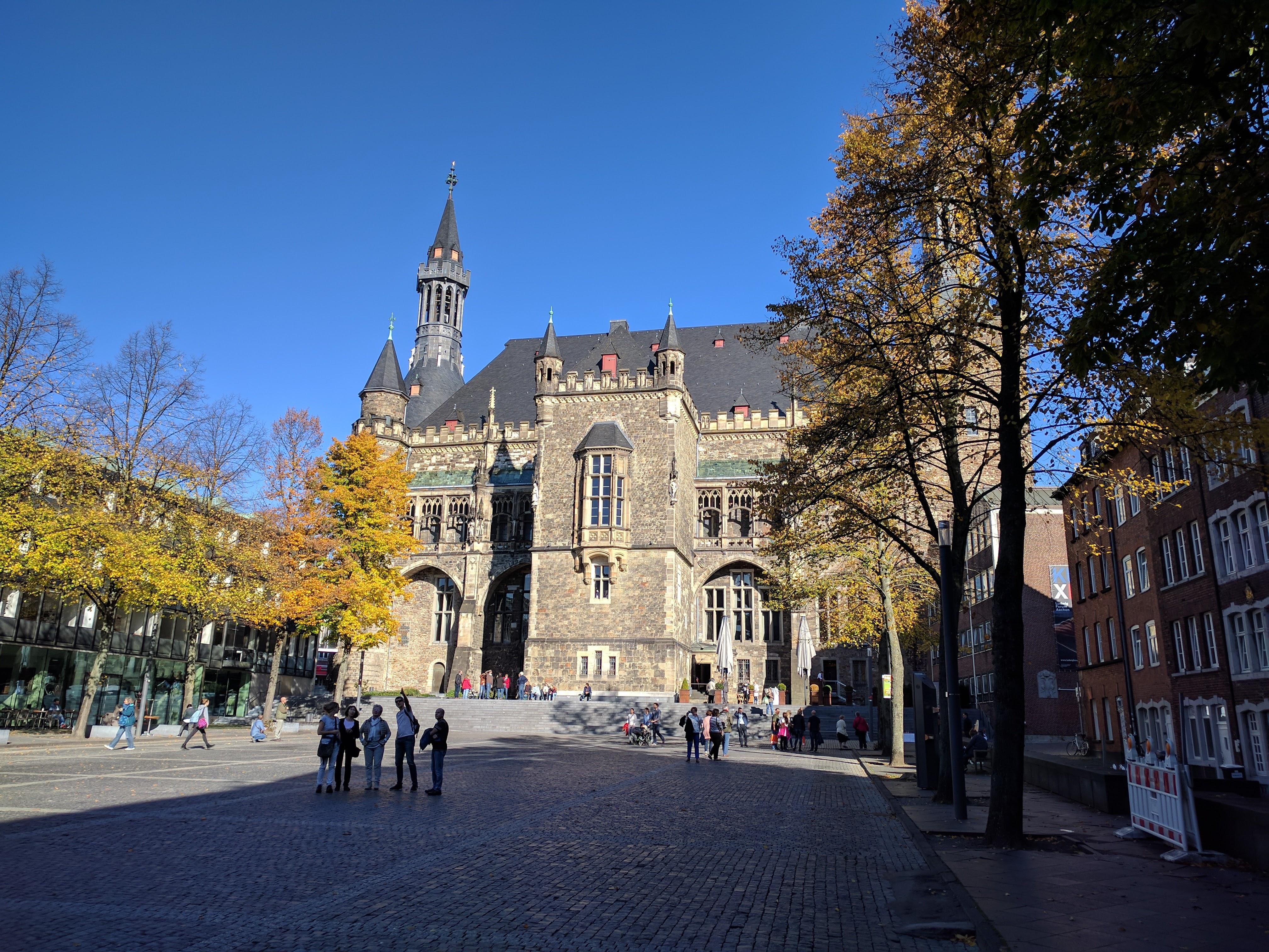 Aachen hotel de ville